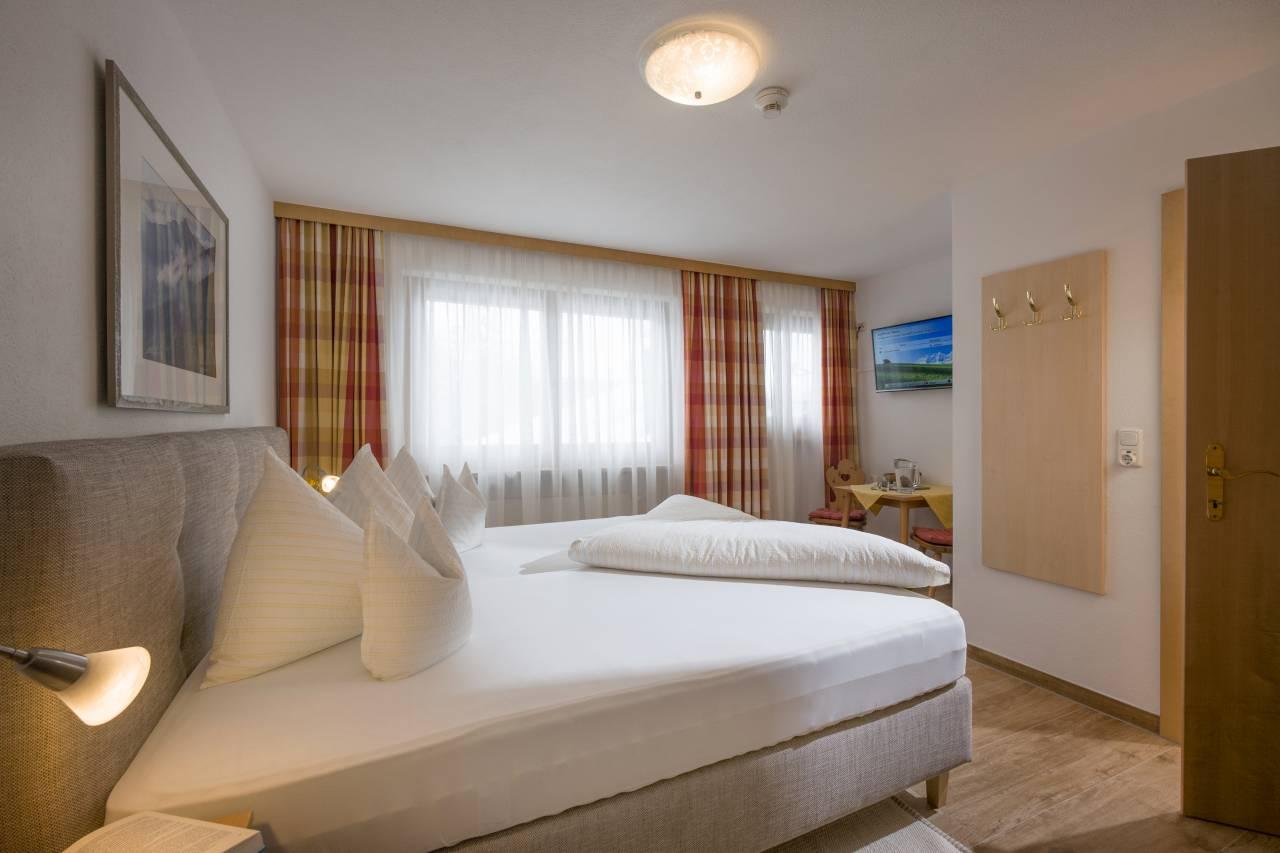 Zimmer im Hotel Theresia in St. Johann in Tirol